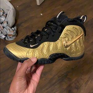 Nike Shoes - Nike Foamposite